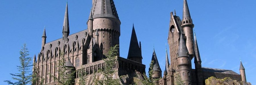 How Harry Potter Differs from Works of C. S. Lewis or J. R. R. Tolkien [One Minute Feature]