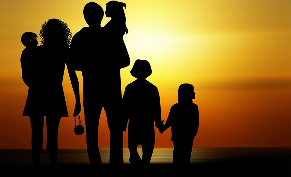 How Families Can Benefit From Simply Being Together [One Minute Feature]