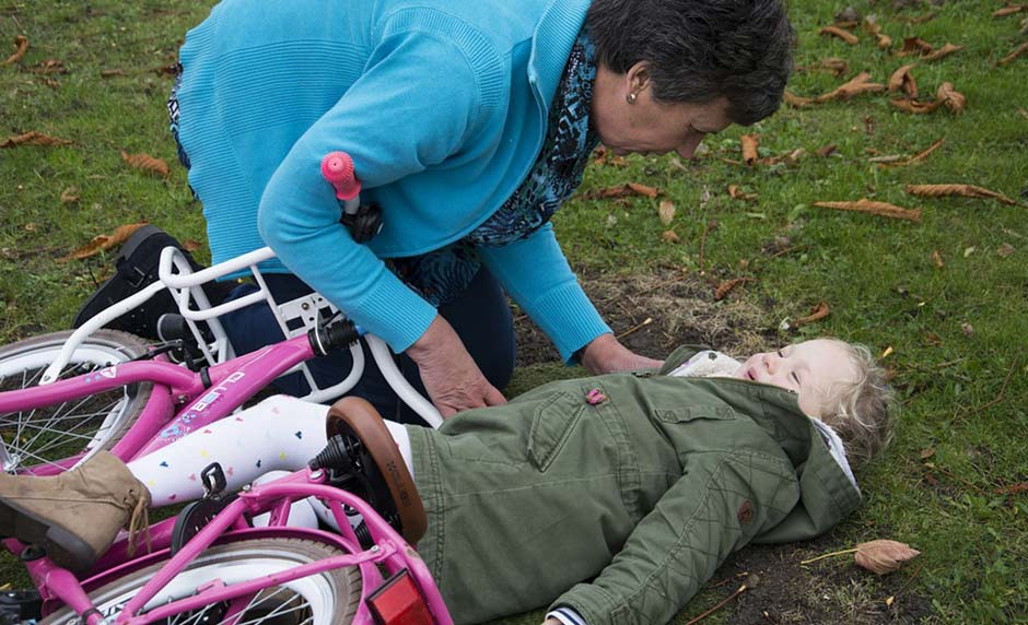 Why Parents Must Understand the Difference Between Pain and Discomfort [One Minute Feature]